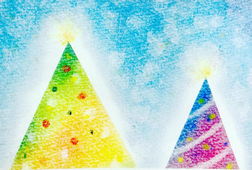 パステルアートの描き方クリスマスツリー作品見本。黄色と紫の2つのクリスマスツリーが仲良く並んでいます。